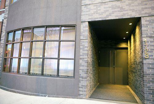Front entrance, Alinea.