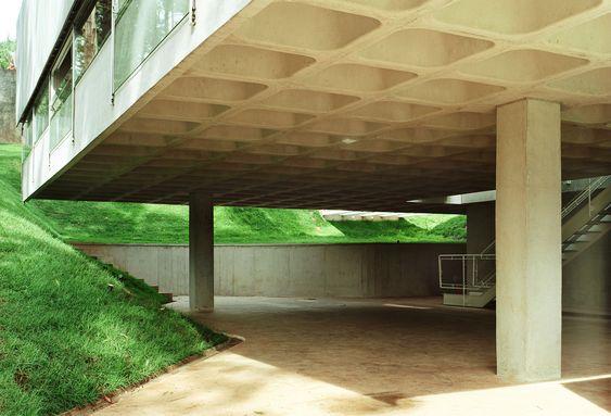 Gallery of House in Aldeia da Serra / MMBB Arquitetos + SPBR Arquitetos - 8