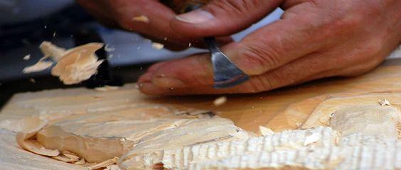 """Obras em cerâmica, madeira, massa de guaraná e cestaria pertencentes ao acervo do Museu Amazônico são os objetos disponíveis para a exposição """"A arte do povo amazonense e sua diversidade"""". Disponível para visitação até o dia 30 de maio, as peças são feitas por artesãos da capital e 15 munícipios do Amazonas. Dentre as peças...<br /><a class=""""more-link"""" href=""""https://catracalivre.com.br/manaus/agenda/gratis/museu-amazonico-expoe-obras-de-artes-de-artesoes-locais/"""">Continue lendo »</a>"""