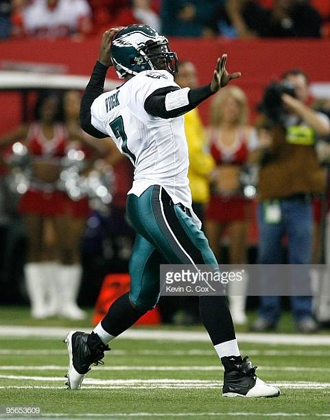 Michael Vick Of The Philadelphia Eagles Against The Atlanta Falcons Michael Vick Philadelphia Eagles Atlanta