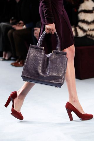 Nina Ricci Fall 2014 Ready-to-Wear Collection Slideshow on Style.com