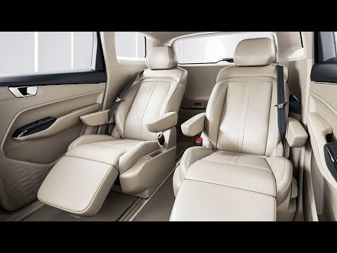 Wuling Victory 2021 Luxury Car Made In China By Gm Interior Exterior Youtube Luxury Cars Interior And Exterior Car Makes