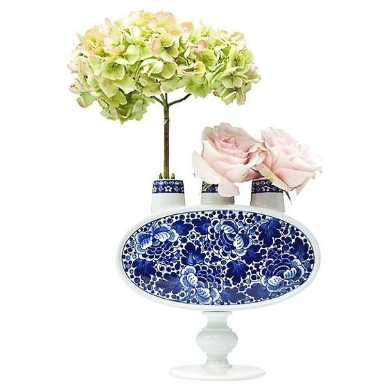 Moooi Delft Blue No. 3 ($648) ❤ liked on Polyvore featuring home, home decor, white and delft blue, white home decor, white sculpture and moooi