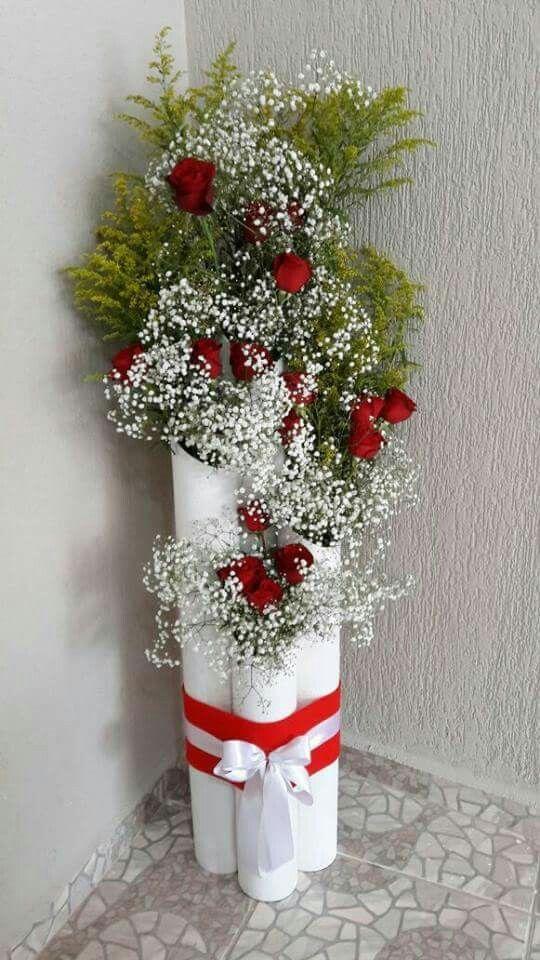 Pin De 593 98 400 5761 Em Flores Floreros Decoracoes Natalinas