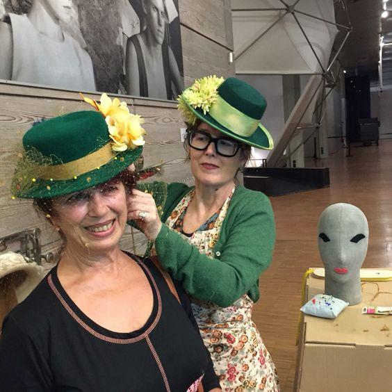Celebración de Santa Catalina organizada por la Asociación de Sombrereros y el Museo del Traje, 28 noviembre 2015. #millinery #sombreros #museodeltraje #asociaciondesombrereros