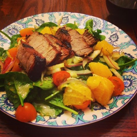 I Don't Go to the Gym: Steak & Spinach Salad with Orange Vinaigrette