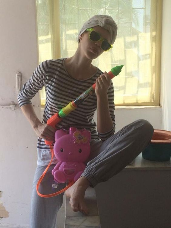 HOLI March 17, 14: 'Bollywood' Actors shared photos celebrating the festival of colors, Kalki Koechlin here
