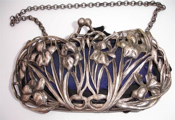 William Coymns -1904 - splendid sterling silver in iris design with blue velvet back art nouveau purse: