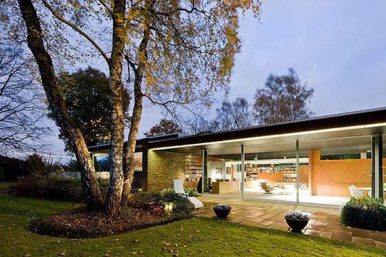 Pescher House, Wuppertal, Germany by   Richard Neutra