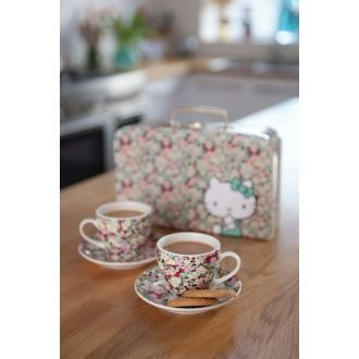 Tea for two with this adorable Hello Kitty twin cup set in a branded carry case covered with the beautiful Liberty print.