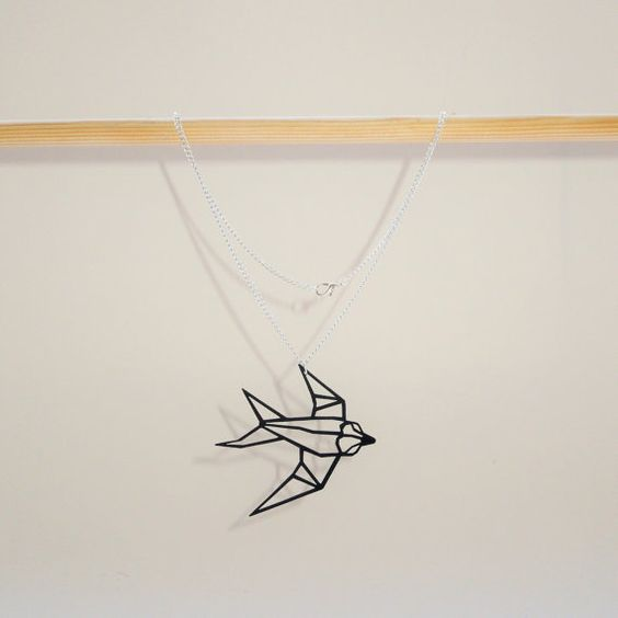 origami geometric bird flying swallow necklace origami oiseau en vol et hirondelles. Black Bedroom Furniture Sets. Home Design Ideas
