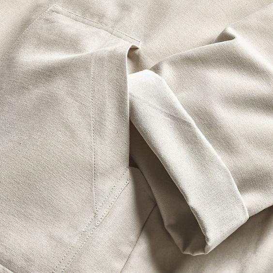 100% Baumwolle. Mit Metallreißverschluß. Erhältlich in den Größen S(kleine Damengröße), M (ca. Herrengröße 52),... - Mönchischer Arbeitskittel