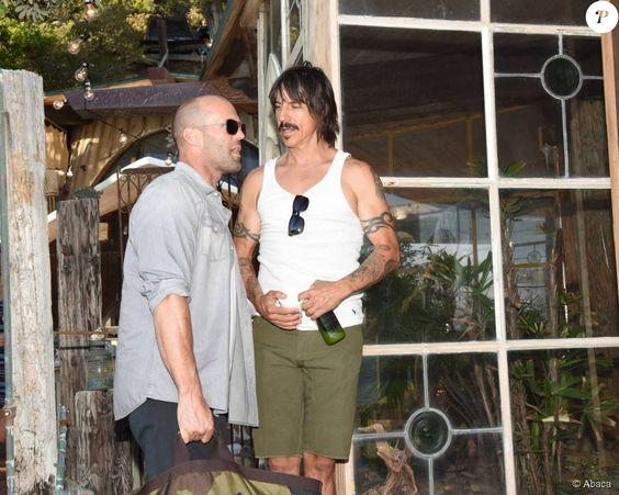 Jason Statham, Anthony Kiedis - Kelly Slater, John Moore et leurs amis fêtent le lancement de Outerknown à la Gesner Beach House de Malibu, Los Angeles, le 29 août 2015