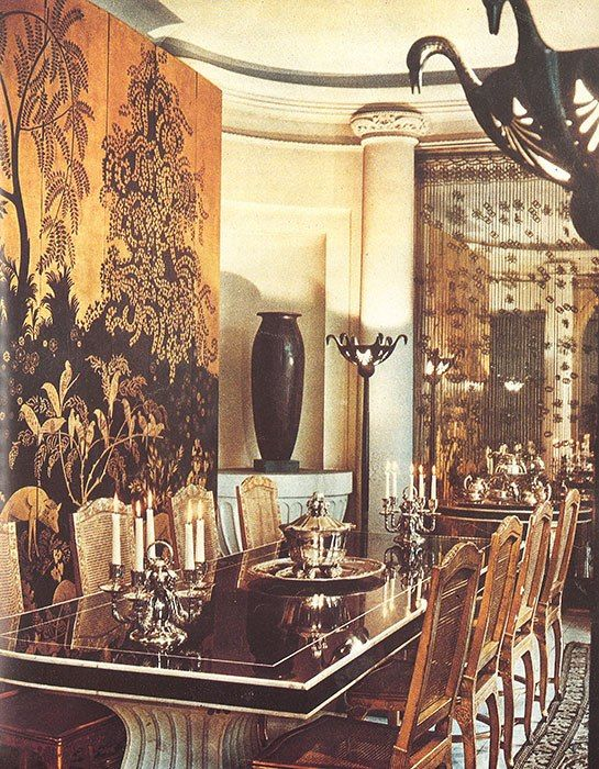 Jeanne Lanvin's dining room on rue Barbet de Jouy, Paris. Wall mural by Rateau.