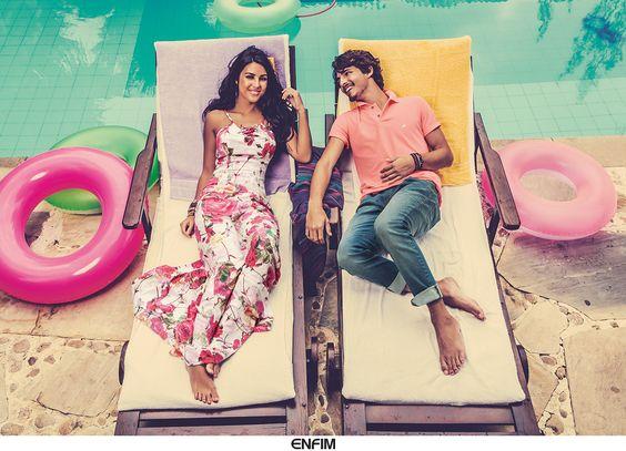 Um clima perfeito e cheio de cor, isso é a #poolparty da Enfim! #UniversoEnfim #party #summer