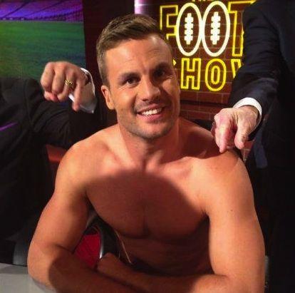 beau ryan - hosting nude lol!