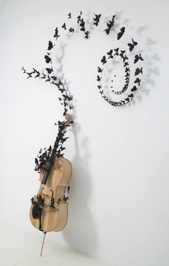 Mariposas e instrumentos