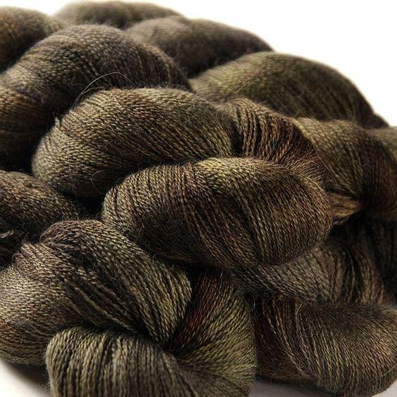 Hedgehog Fibres - 100% alpaca lace! I'll take some.
