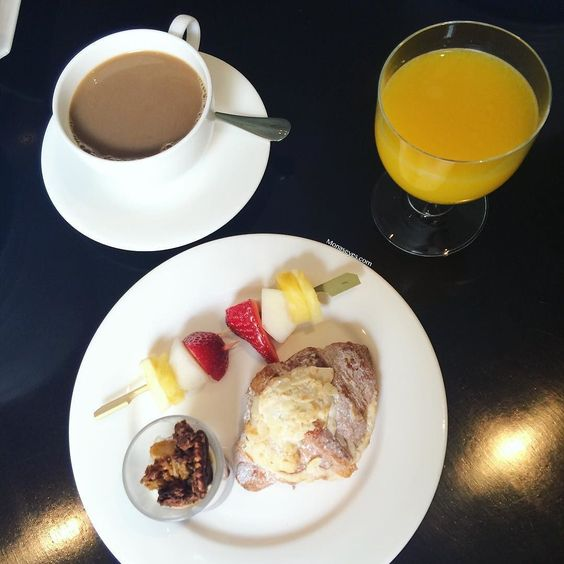Breakfast with @debenhamsbeauty  #debsbeautyss16 #debenhamsbeauty #debenhams #breakfast #goodmorning #theweekend #fresh #coffeetime #coffeelover #event #pressday #beauty #bblogger #bbloggersuk #Lblogger #Fblogger #foodie #foodporn #instadaily #ukblogger #haymarkethotel #lovelondon