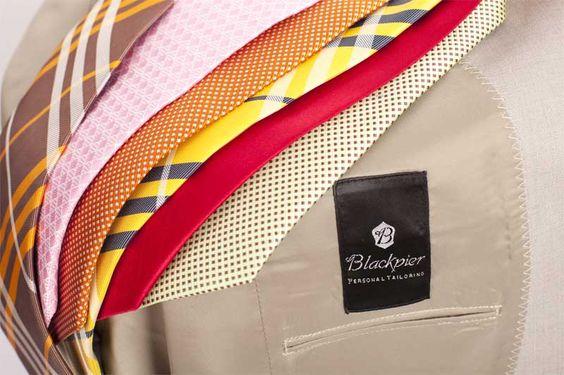 ¿Cómo combinar una corbata?