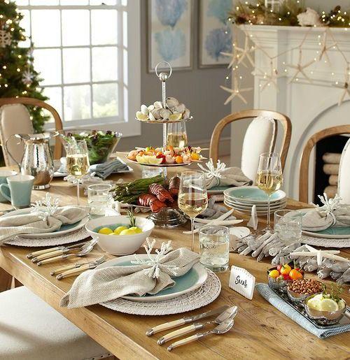Coastal Christmas Table with Coral Napkin Rings... http://www.completely-coastal.com/2016/11/festive-coastal-nautical-napkin-ring.html