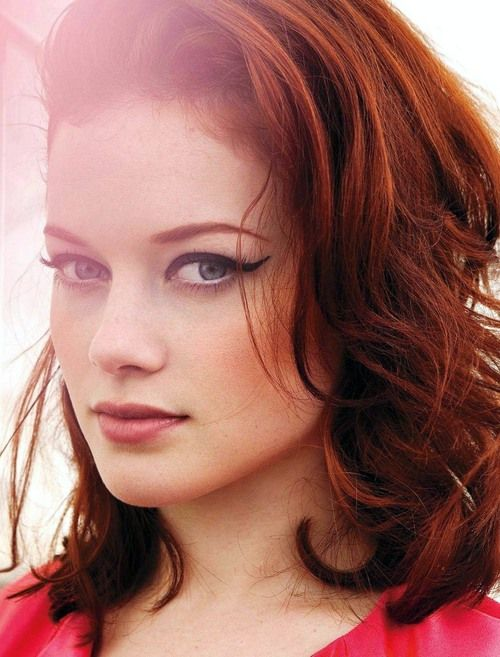 Jane Levy known for: Suburgatory                                     Evil…