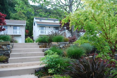 http://www.houzz.com/projects/882527/moraga-country-club-small-frontyard