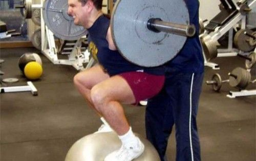 #gymfail!  Some #personaltrainers shouldn't even set foot in a gym themselves!