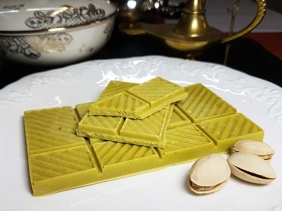 Weiße Pistazien Schokolade low-carb keto