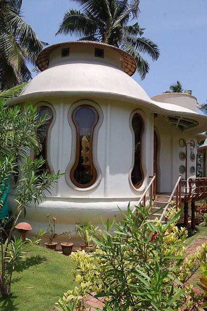 podhouses | eden garden futuristic pod houses: