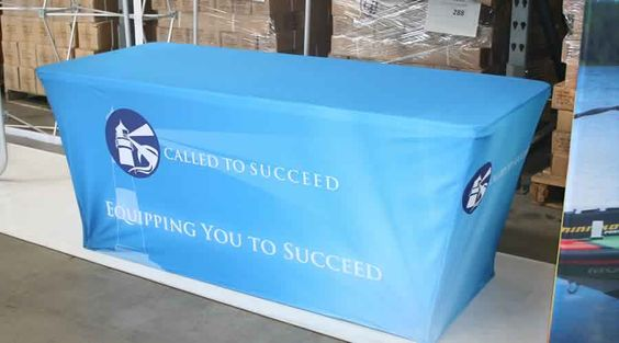 The trufit table throw is easy to use and can fit snugly without any requirement of pins.