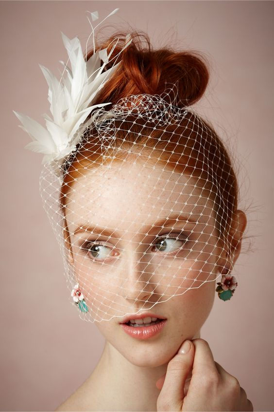 Filoplume Fascinator 羽毛頭飾與頭紗搭配