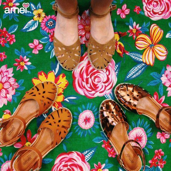E nos pés os calçados feitos pela @loja_amei com muito carinho❤️✨ #lojaamei #etiquetaamei #novidades #muitoamor #sandálias #verão #conforto #pésnasnuvens