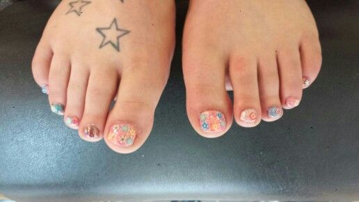 Funky floral pedicure using magpie glitters on gelish. By Felicity Burgess - Young at Belle Dame Nails.