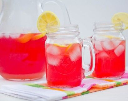 Cranberry Lemonade Punch...all this recipe needs is vodka...