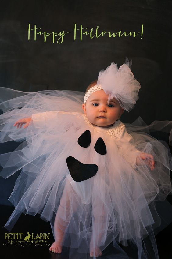 I Think I well Be making this for Alyssa this year!!!Tulle Ghost Costume - how to for bebe