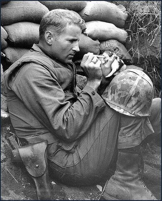 Military men & pets