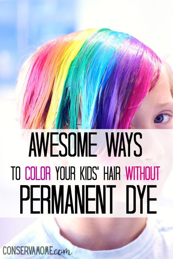 Wanting to color their hair is a natural part of growing up and seeing other kids with dyed hair only fuels that want. Guess what, there are some pretty awesome ways to color your kids' hair without permanent dye. #kidfashion #hair #tweenfashion