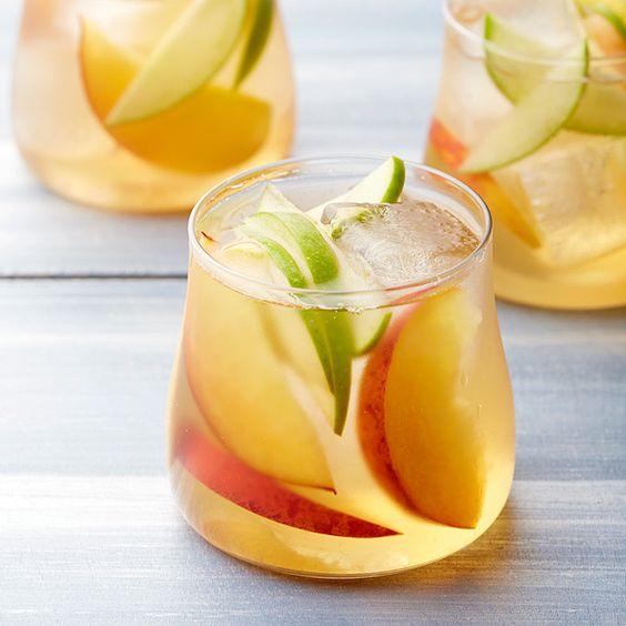 White Wine and Peach Sangria | Recipe | Peach Sangria, Riesling Wine ...