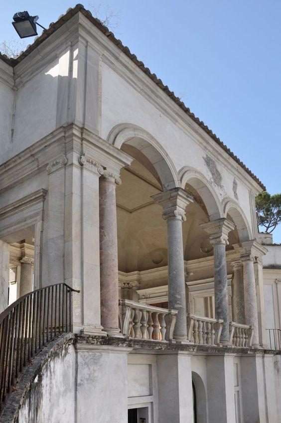 portale sopra scala