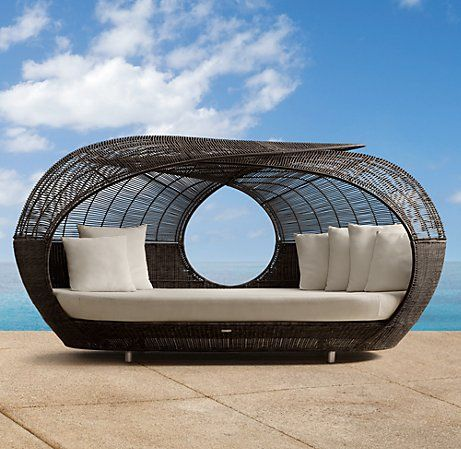 Sweet outdoor couch seating.  Spartan   Restoration Hardware