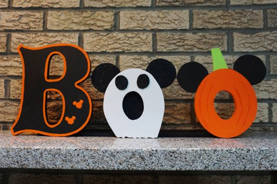 Pumpkin Spice and Halloween season are quickly approaching!I'm of course already picking out fun Disney inspired seasonaldecorations. My heart went BOO when I saw this adorable Wooden Mickey Mouse Halloween Sign byTheNevertreeHideawayon Etsy! These Mickey Halloween inspired custom letters are a perfect addition for anyhome for the fall season. Each letter approximately 7 – 9 …