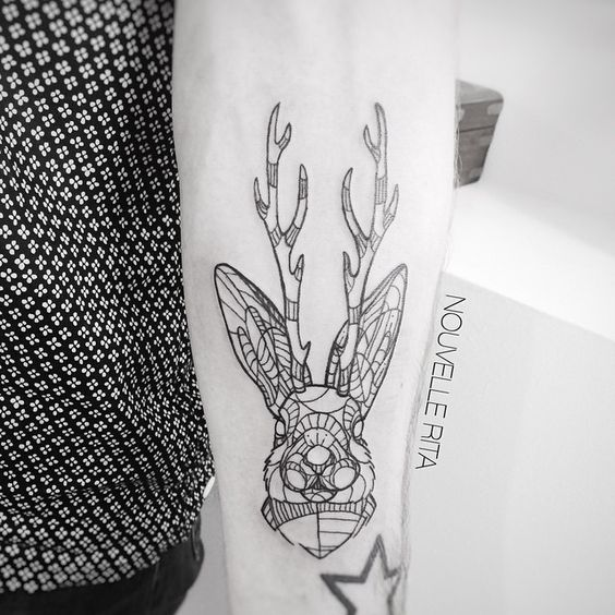 Done at @i_am_vagabond #nouvellerita #rabbit #antlers #mutant #tattoo #tattrx #linework #blackworkers