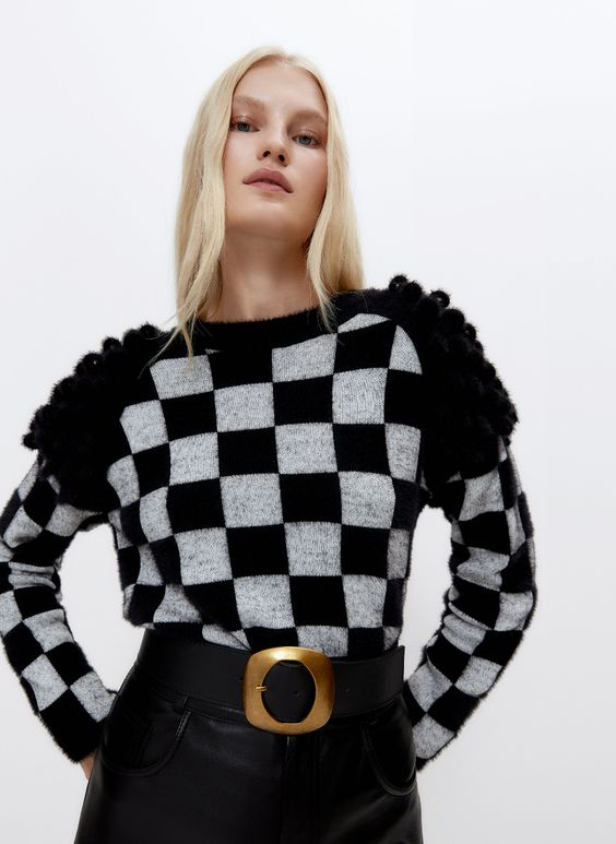 CHECK PRINT SWEATER WITH BOUCLÉ DETAIL