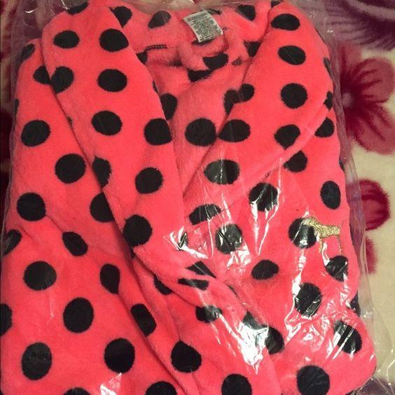 PINK Bathrobe Limited Edition PINK by Victoria's Secret Bathrobe NWT size XS/S PINK Victoria's Secret Intimates & Sleepwear Robes