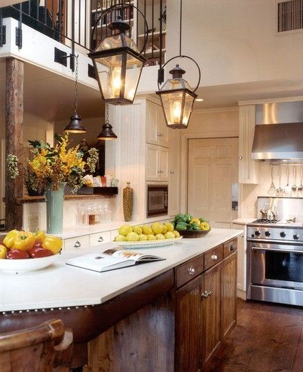 so homey and lovely: Traditional Kitchen, Kitchen Design, House Idea, Light Fixture