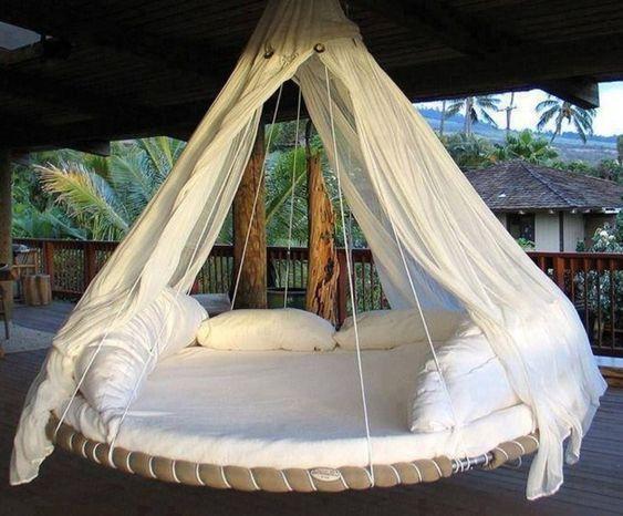 Faire un lit balancelle avec de la r cup enfin les tutos et en fran ais cool diy - Faire l amour sur un meuble ...