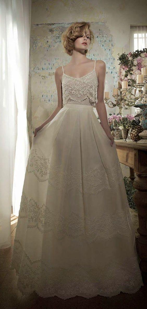 30 schönsten Hochzeitskleider für Bohemian Braut | Hochzeitsblog Optimalkarten