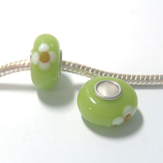1 pc Green Yellow White Daisy Flower Lampwork Glass European Style Beads Spacer Charms for Bracelet Necklace Lot E1310