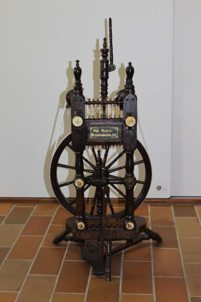 Spinnrad aus Melchiorshausen in Niedersachsen - Riede   eBay Kleinanzeigen
